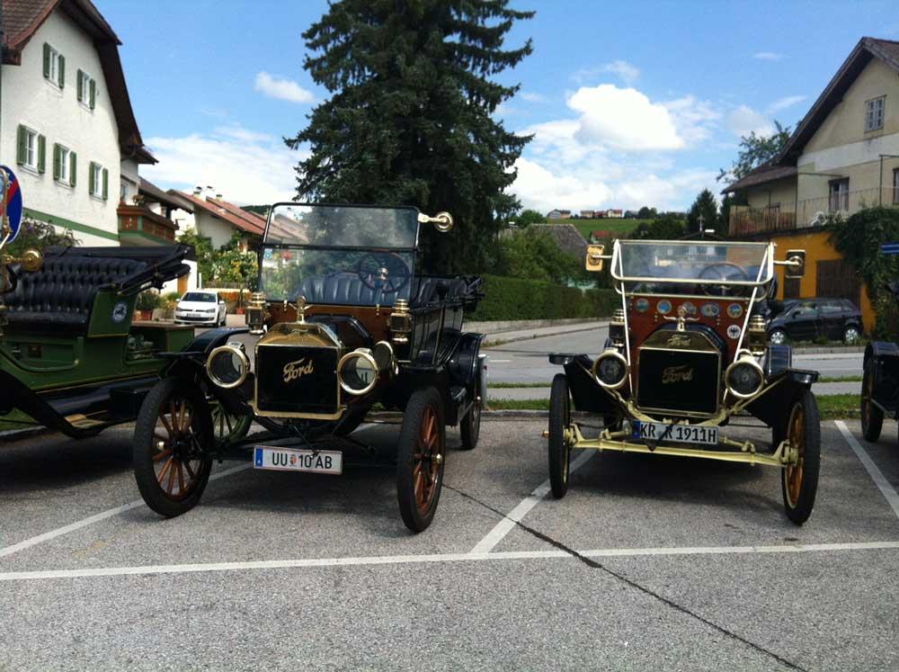 Oldtimer-Ford-Clubausflug nach Anthering bei Salzburg