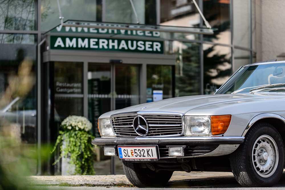 Oldtimer Urlaub bei echten Oldtimer Fans: Der Mercedes 280 SL, BJ 1977 der Familie Ammerhauser